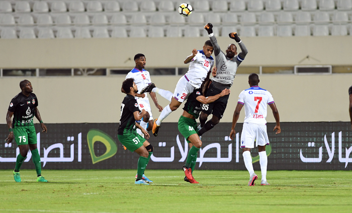 Sharjah-vs-Shabab-Al-Ahli-AGL-5-2017-18-16